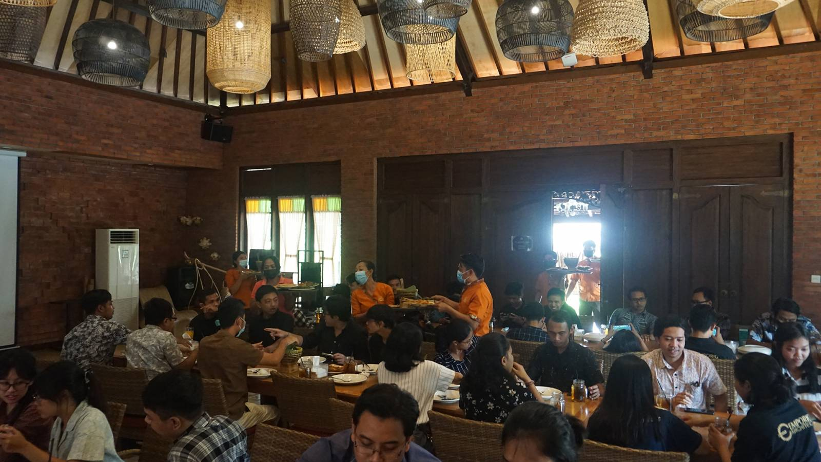 Gathering Event with Emporio Architect Bali Team at Bale Udang Restaurant 9