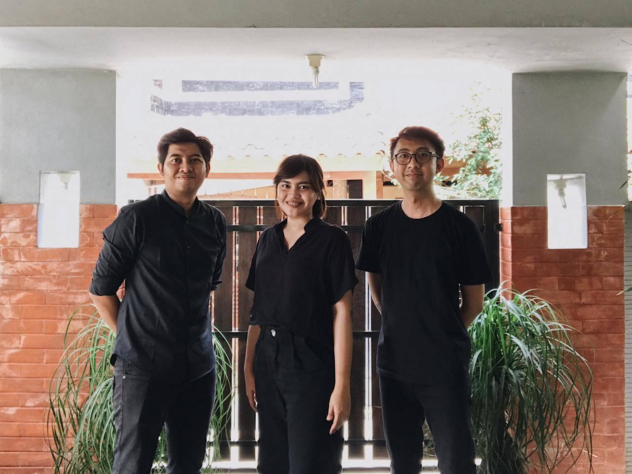 Photo with the Emporio Architect Jogja Team 1