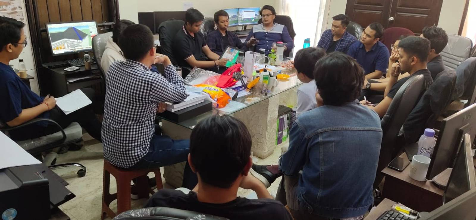 The Principal Meeting of Architect's Team at Emporio Architect Bali Office 1