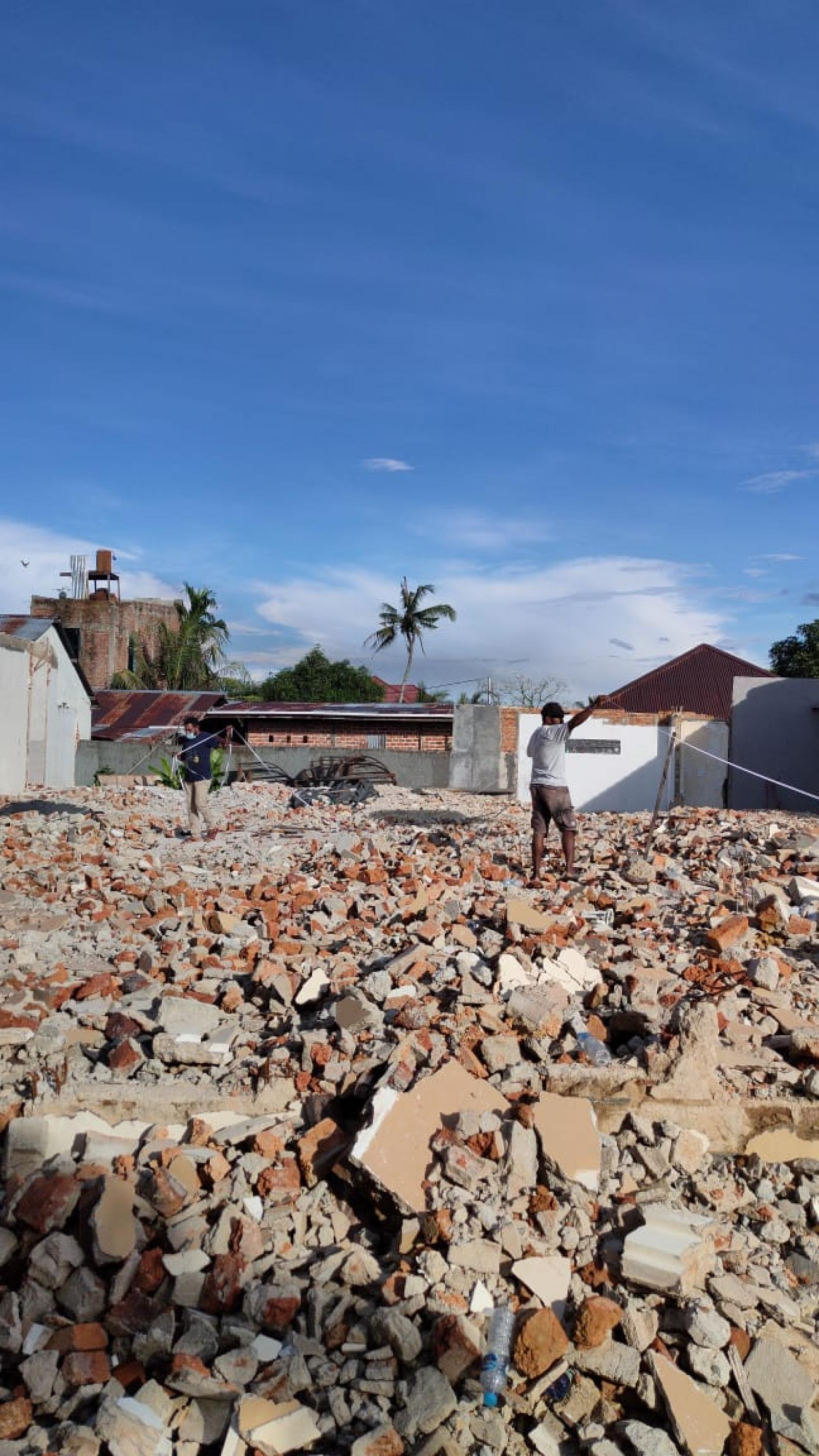 Architect Bali Team Visit to Mr Nonce Project in Papua 10