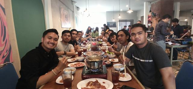 Acara Makan Bersama Tim Emporio Architect Bali di Gopang Renon