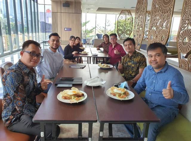 Owner Emporio Architect visit with Emporio Architect Bandung Team