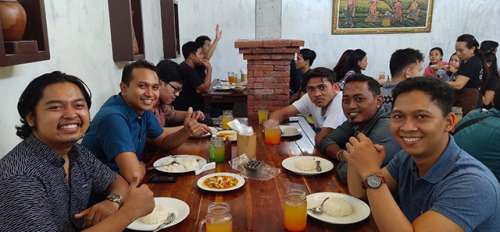 The Gathering of Emporio Architect Bali's Team at Kepiting Pan Kuncung