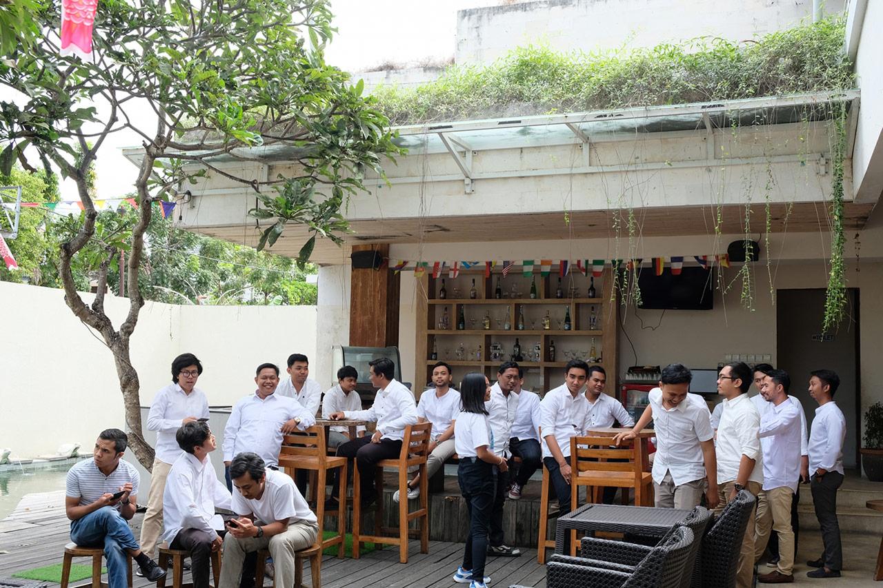 Bali Emporio Architect Team Performs Photo Together at Ayucious, Denpasar 1