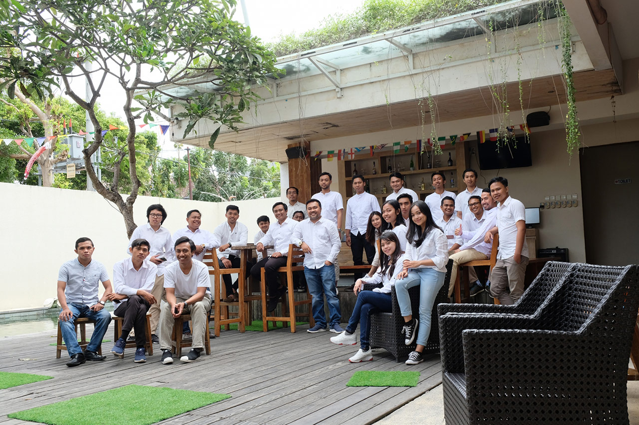 Bali Emporio Architect Team Performs Photo Together at Ayucious, Denpasar 6