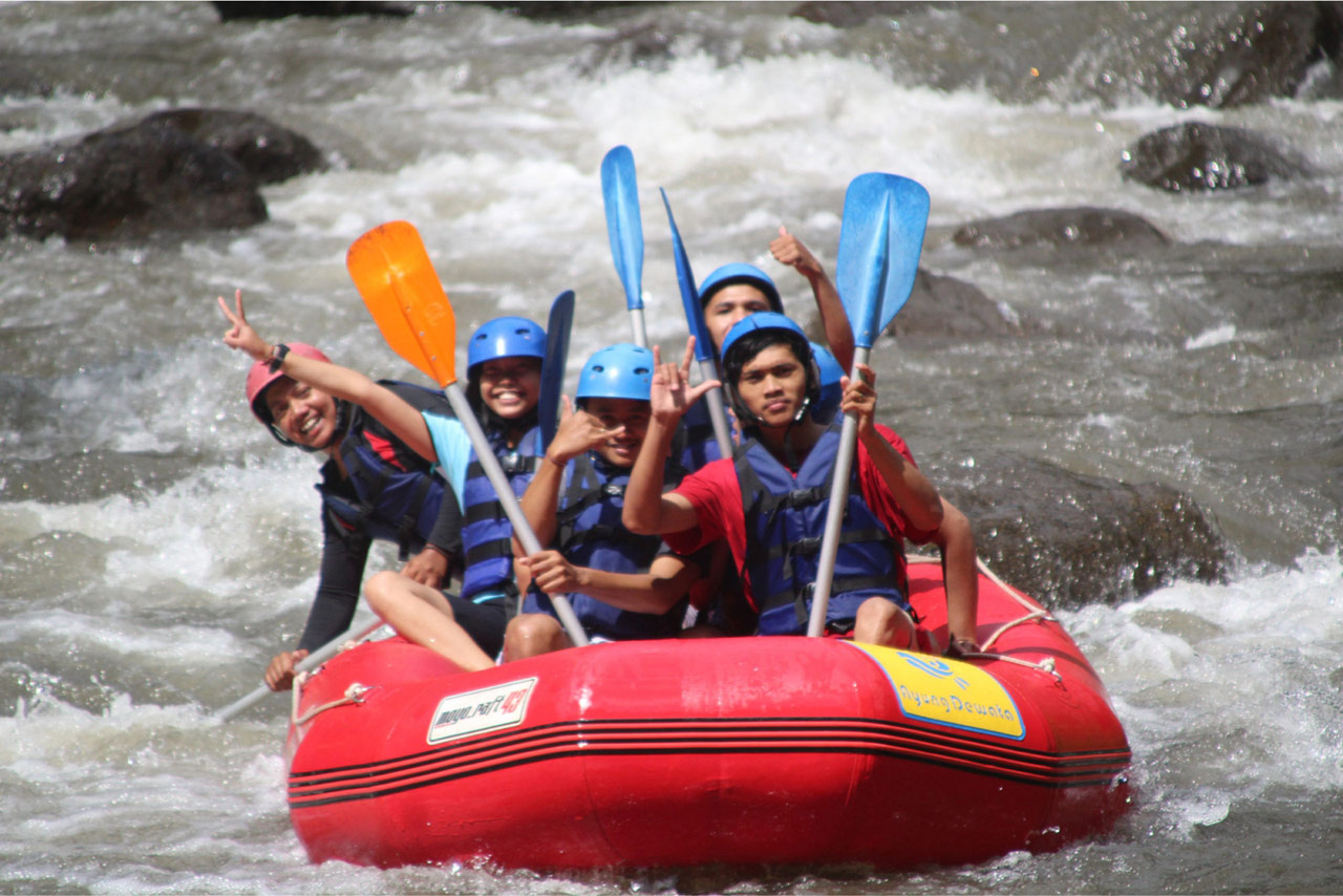Bali Emporio Architect Team Performs Rafting Activities at Ayung Dewata Rafting 1