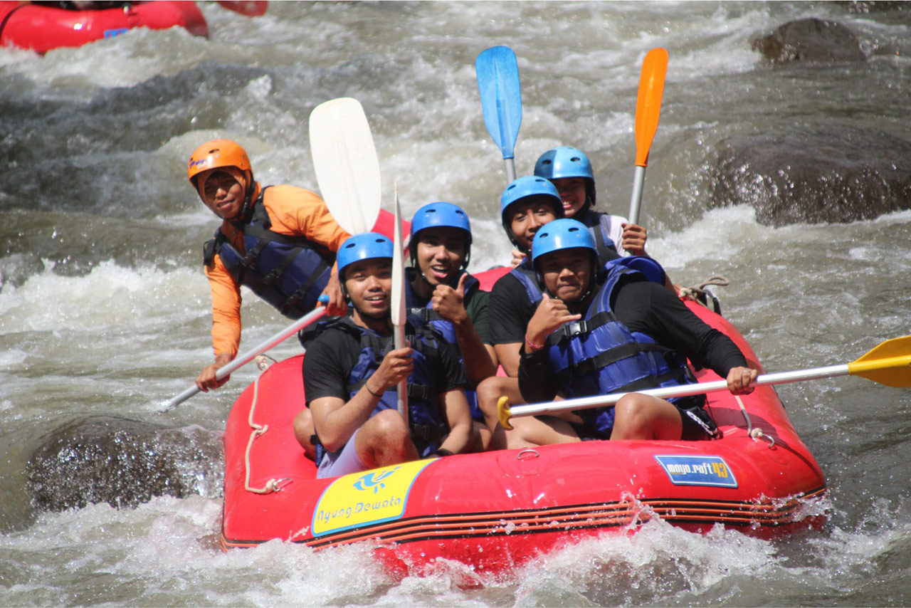 Bali Emporio Architect Team Performs Rafting Activities at Ayung Dewata Rafting 3