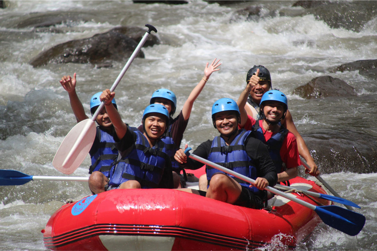 Bali Emporio Architect Team Performs Rafting Activities at Ayung Dewata Rafting 4