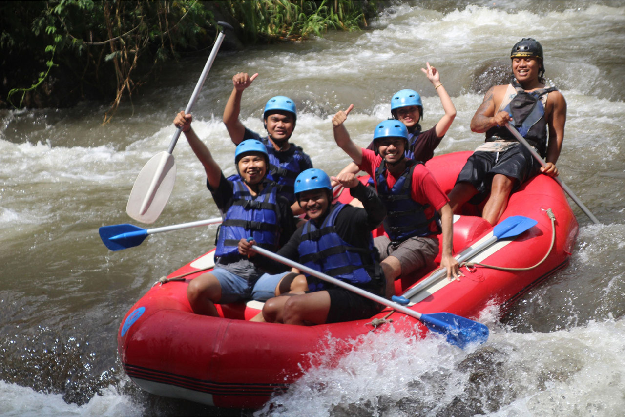 Bali Emporio Architect Team Performs Rafting Activities at Ayung Dewata Rafting 5
