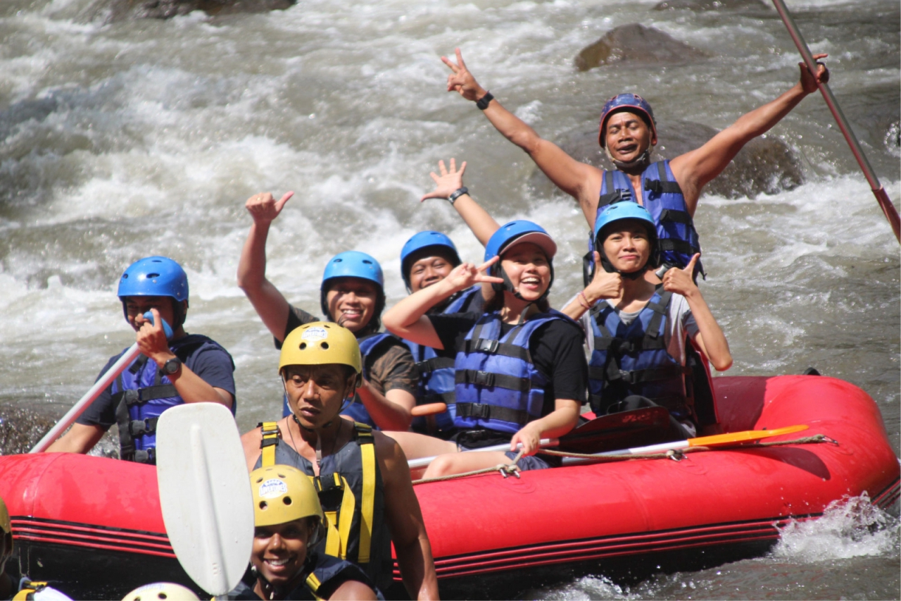Bali Emporio Architect Team Performs Rafting Activities at Ayung Dewata Rafting 6