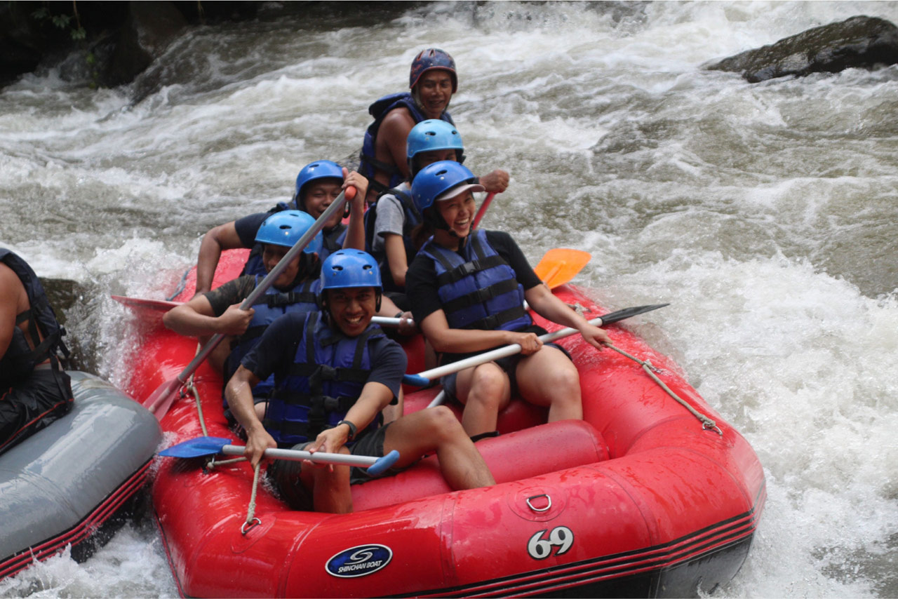 Bali Emporio Architect Team Performs Rafting Activities at Ayung Dewata Rafting 7