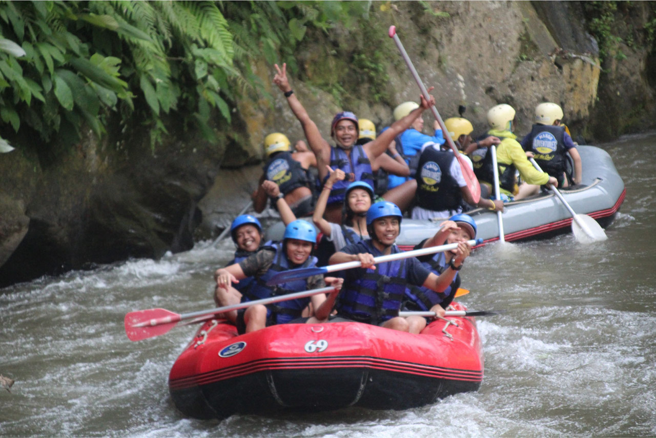 Bali Emporio Architect Team Performs Rafting Activities at Ayung Dewata Rafting 8
