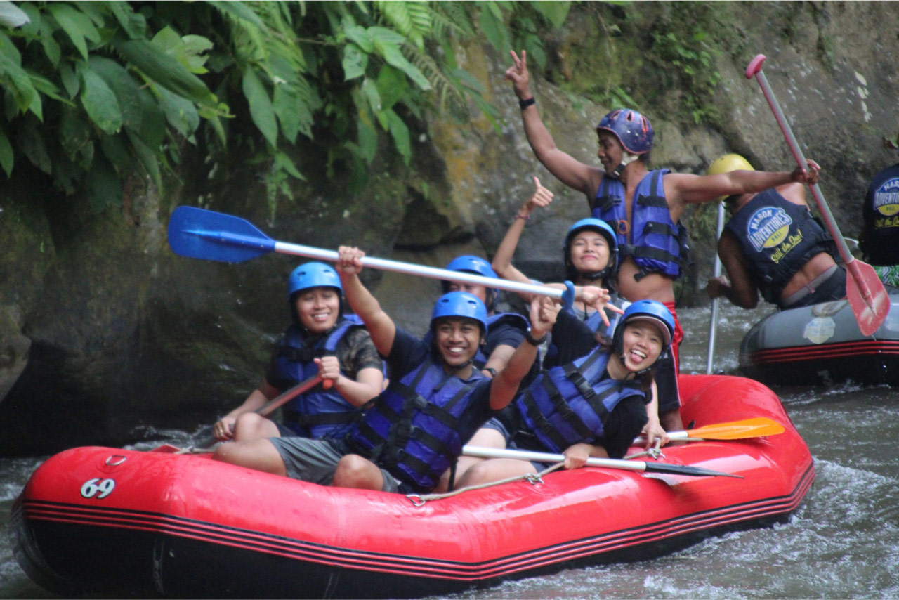 Bali Emporio Architect Team Performs Rafting Activities at Ayung Dewata Rafting 9