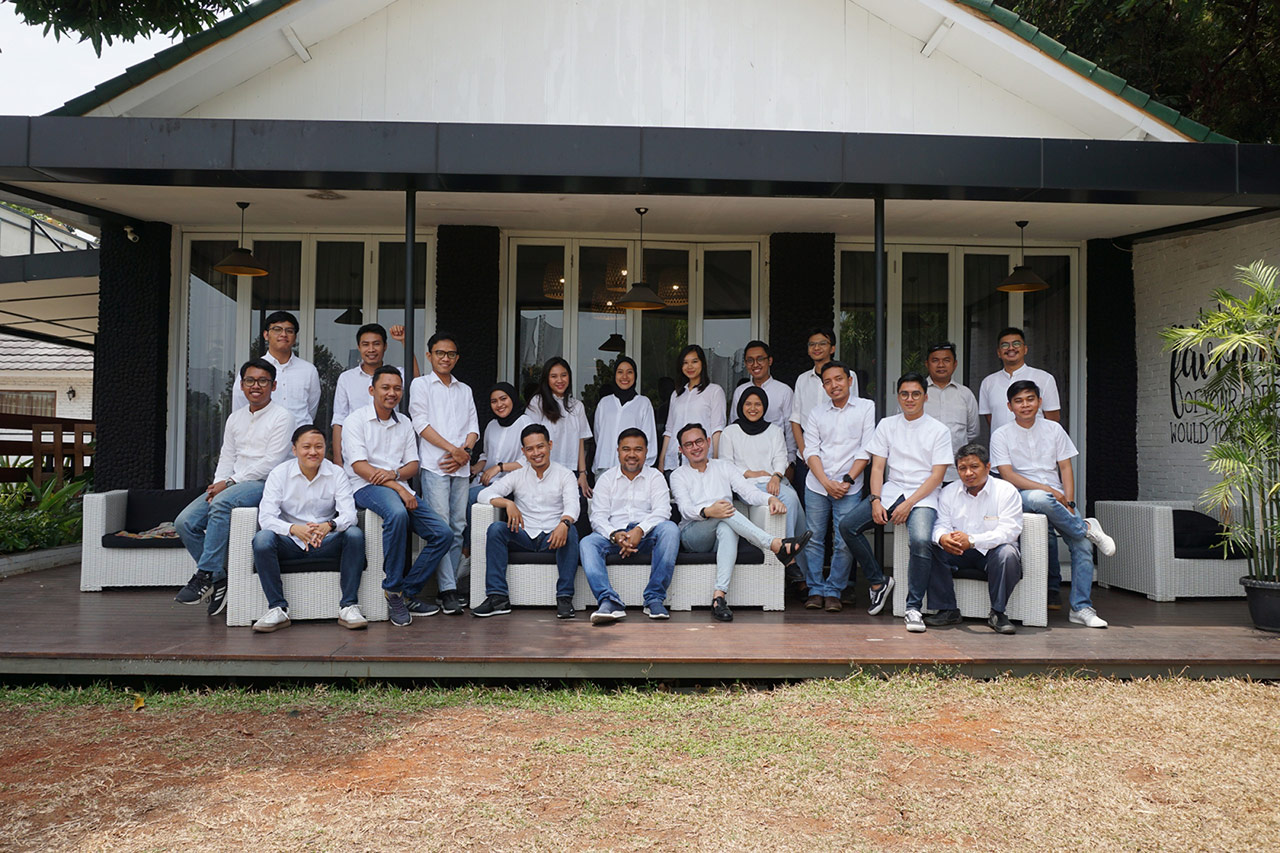Jakarta Emporio Architect Team Taking a Photo Together 1