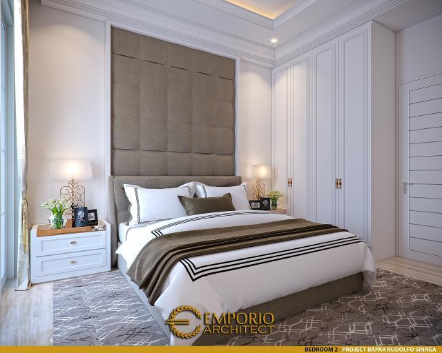 Desain Kamar Tidur 2 Rumah Klasik 2 Lantai Bapak Rudolfo Sinaga di Jakarta