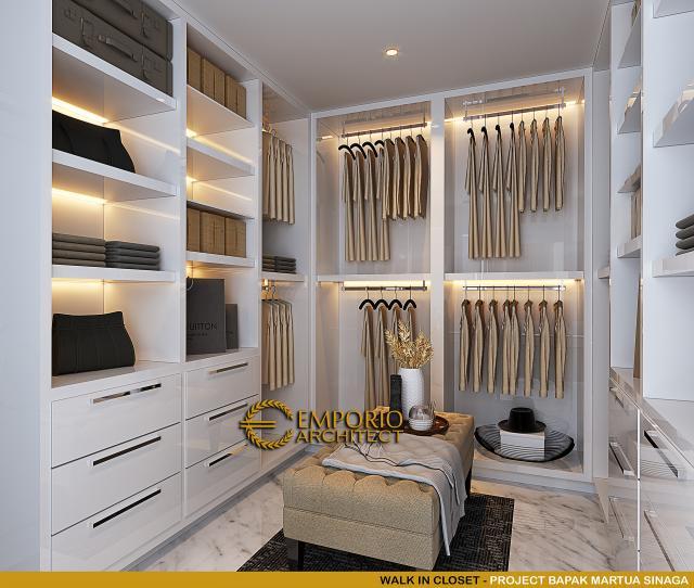 Desain Walk In Closet Rumah Klasik Mediteran 2 Lantai Bapak Martua Sinaga di Jakarta